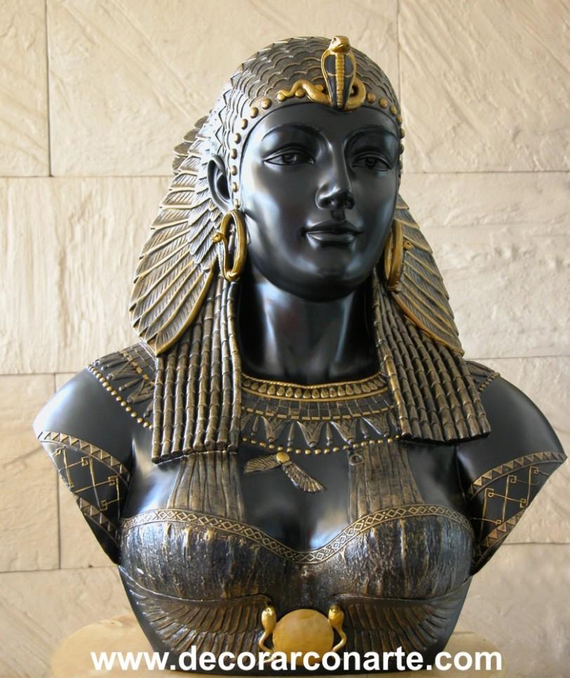 cleopatra_03000240