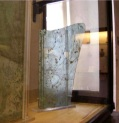 Pompei, reperto lastra di vetro