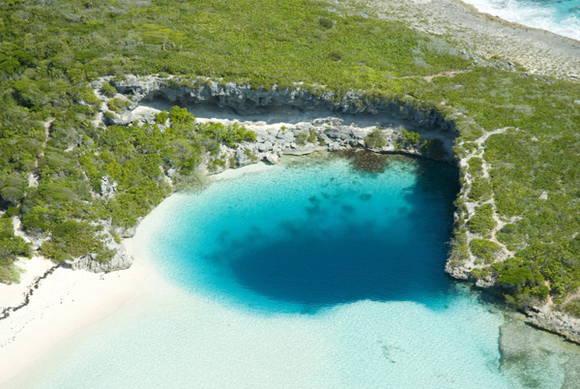 Dean's Blue Hole Aerial 4