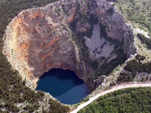 red-lake-croazia